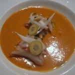 sopa de romesco, sardina en escabeche y panceta ibérica Maldonado