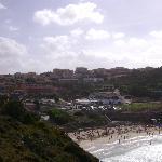 Spiaggia Rena Bianca - in secondo piano l'Hotel
