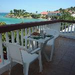 Breakfast on Balcony of n°7 with a magnificant Sea View over Grand Case Bay and Anguilla
