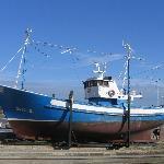 Schip in het dok aan de haven