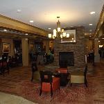 Breakfast area and lobby