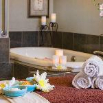 Serenity Spa Couple's Suite