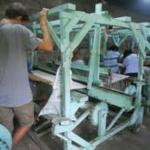 Weaving looms in Leon where the new blankets come from