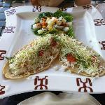 Comida en el restaurante vegetariano