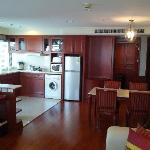 Suite - Kitchenette & clothes washer/dryer