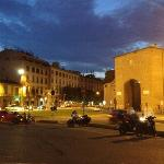 Porta Romana : short walk from Residence I Colli