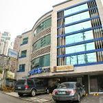Fersal Hotel-Makati Facade