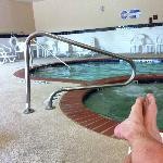 The Indoor Pool & hot Jacuzzi . Top Notch !