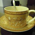房間內的茶杯組, 非常漂亮的圖案喔!