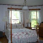 Room 1-one queen bed, one twin bed, en suite bath