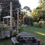 lovely gardens, lots of seating open & covered plus a kids area