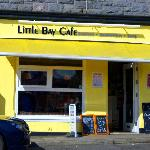 The cafe storefront (Little Bay Cafe in Oban, Scotland)