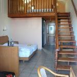 Mezzanine in room 206