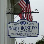 White House Inn B & B