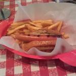 Kids Hot Dog w Fries