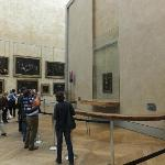 Look not many people in the room with Mona Lisa