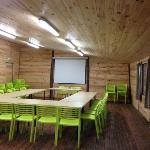 La grande palombières de 80m² pour vos réunions, repas, séminaires, fêtes...