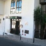 Vue extérieure de l'entrée de l'hôtel COLINA DO MAR, Albufeira