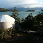 Vistas del Yurt y el lago Toro