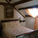 Double Bedroom in Oak Tree Cottage