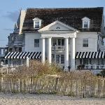 Beachfront Inn and Restaurant