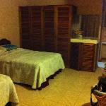 Armario, 2da cama y detrás del armario esta el baño
