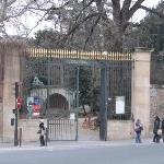 Entrada al Jardin des Plantes, frente al hotel
