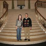 ホテルモントレ エーデルホフ札幌・・・階段にてホテルスタッフに撮って頂く