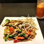 Pad Kee Mao with a Thai Ice Tea at Thai O in Redmond.