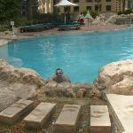 una delle due splendide piscine