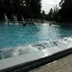 Una delle piscine con idromassaggi in funzione