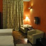 bedroom - chianti