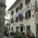Albergo Franceschi Hotel from village square