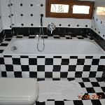 bathtub room 15