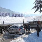 Glacier Resorts Manali - Very Good manali honeymoon package