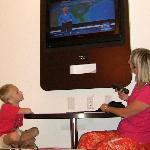 la télé dans la chambre