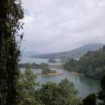 La vista desde las cabañas del área de tirolesa