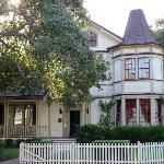 Seavers' house from Growing Pains