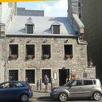 rue Notre Dame entrance
