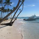 la plage - avec les bateau de plongée
