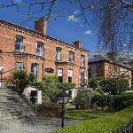 Ariel House on Leafy Lansdowne Road