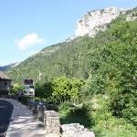 Position on side of gorge