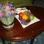fruit bowl and flowers imake the room look so good