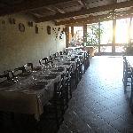 Agriturismo La Cantina: tavoli.
