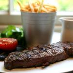 10oz sirloin steak, served with fries & peppercorn sauce, béarnaise or garlic butter