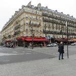 Paris Nord Cafe