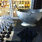 シャンパンバー
