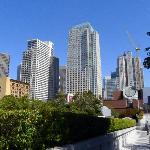 Yerba Buena Gardens (3) - views towards the city