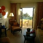 Our suite, including balloons and card