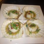 beautiful garlic chilli scallops
